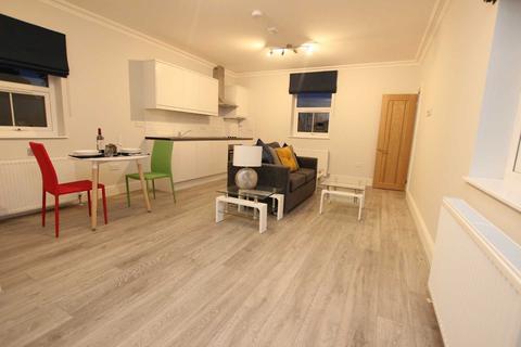 1 bedroom flat to rent - Helena House Brownlow Road, Reading Berkshire RG1 6np