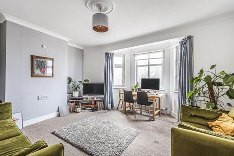 2 bedroom flat - Doverfield Road Brixton SW2