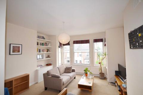 2 bedroom apartment - Deronda Road, Herne Hill.