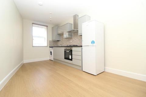 1 bedroom flat to rent - Hessell Street, London, London, E1