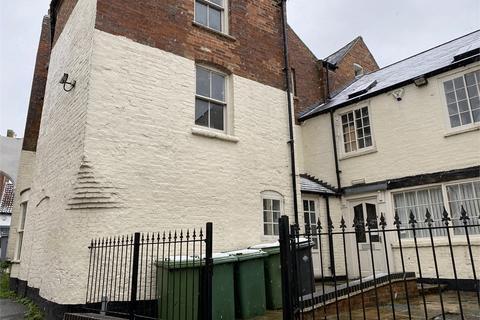 2 bedroom apartment - Castlegate, Newark, Nottinghamshire. NG24 1BG