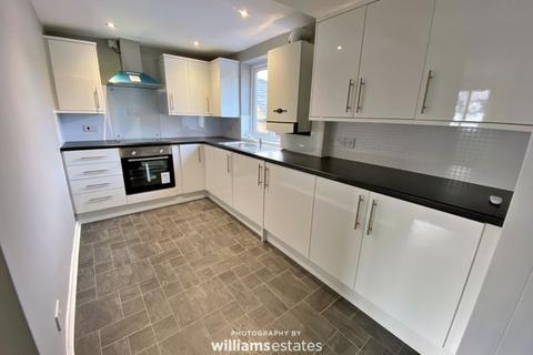 3 bedroom flat for sale - Llanfair Road, Ruthin