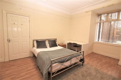 1 bedroom in a house share to rent - Wingrove Road, Fenham