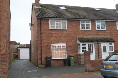 4 bedroom house - JESSIE ROAD, SOUTHSEA