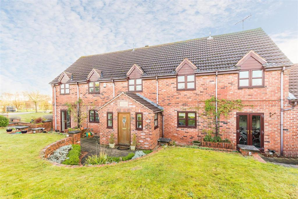 1, Charleswold Court, Thurlby Lane, Stanton On The