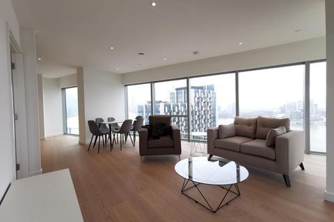 3 bedroom flat - Cutter Lane, London, SE10
