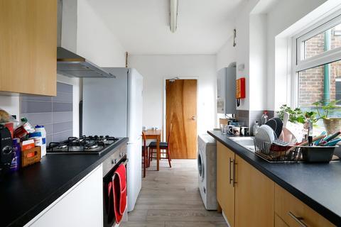 5 bedroom terraced house to rent - Ladysmith Road, Brighton, BN2