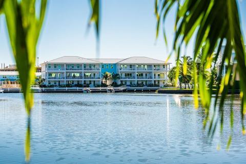4 bedroom flat - George Town, 2425, Cayman Islands