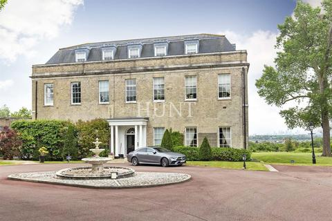 3 bedroom duplex for sale - Claybury Hall, Repton Park, Woodford Green, Essex