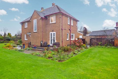 3 bedroom detached house for sale - Acklington Road, Amble, Morpeth, Northumberland, NE65 0NG