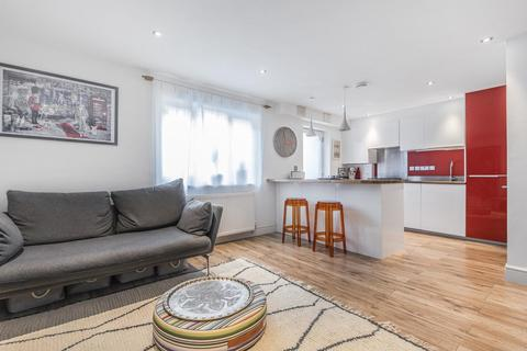 3 bedroom semi-detached house for sale - Hillside Passage, Streatham Hill