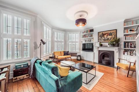 3 bedroom flat - Nightingale Lane, Crouch End