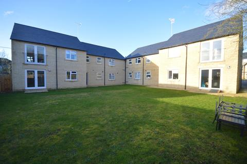 2 bedroom flat to rent - Apartment , Oaken Court, Cricklade Road, Cirencester