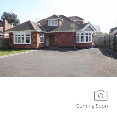 3 bedroom detached house for sale - The Grove, BH23