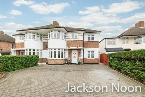 5 bedroom semi-detached house for sale - Timbercroft, Ewell