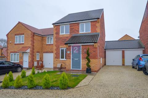 3 bedroom detached house for sale - Mizzen Road, Clowne, Chesterfield, S43
