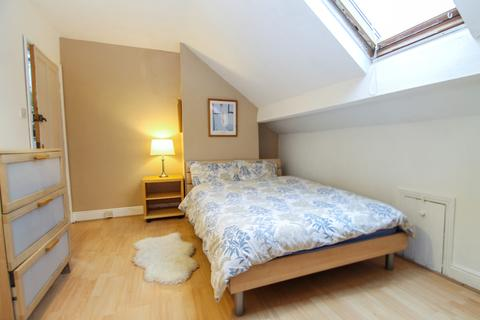1 bedroom house share to rent - 182 Town Street, Armley, Leeds, LS12 3RF