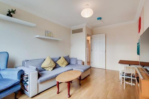 5 bedroom flat - Ronald Street, London, E1 0DT
