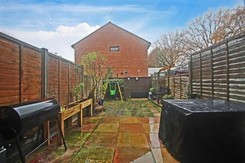 2 bedroom terraced house for sale - Elm Grove, Horsham