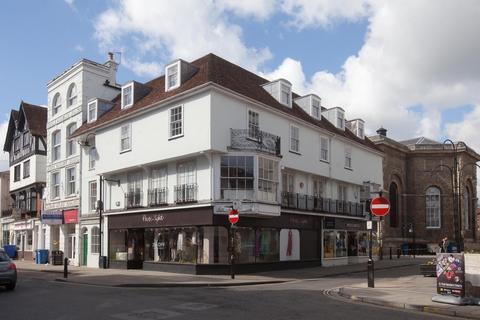 2 bedroom flat - Fish Row, Salisbury