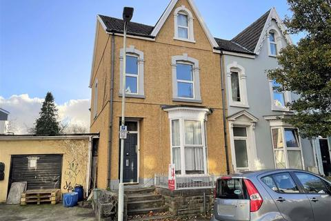 7 bedroom end of terrace house for sale - St Helens Avenue, Swansea