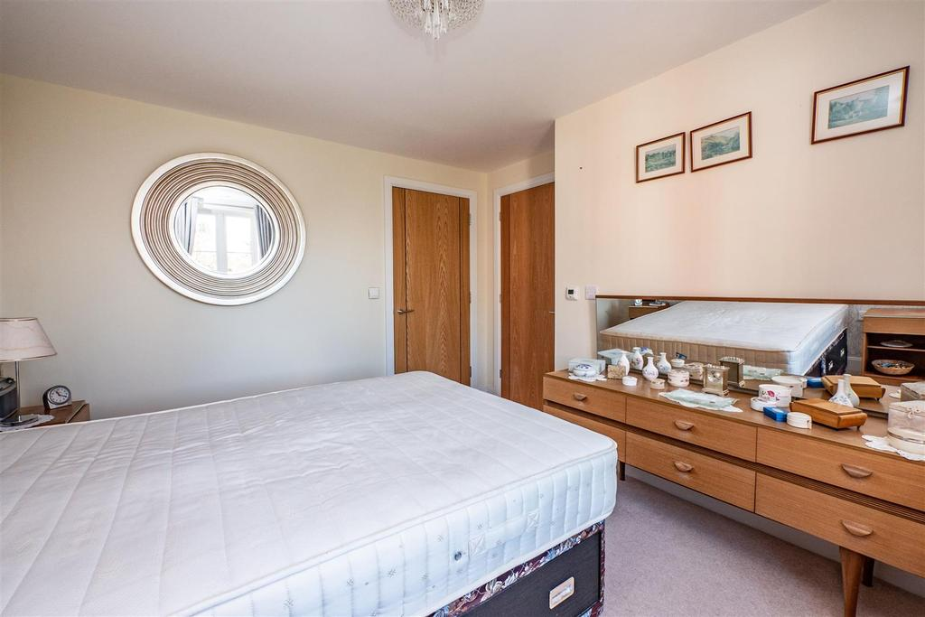 Laureates bedroom second view.jpg