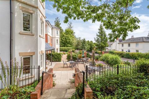 2 bedroom apartment - High Street, Cranbrook, Kent, TN17 3DH