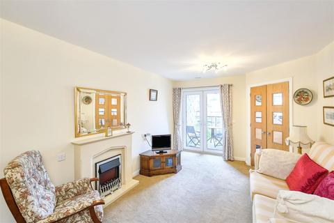 1 bedroom apartment - Wainwright Court, Webb View, Kendal