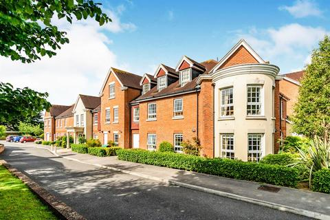 2 bedroom apartment for sale - Claridge House,Church Street, Littlehampton