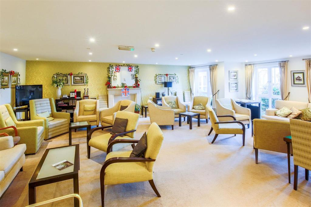 Homeowners Lounge..jpg