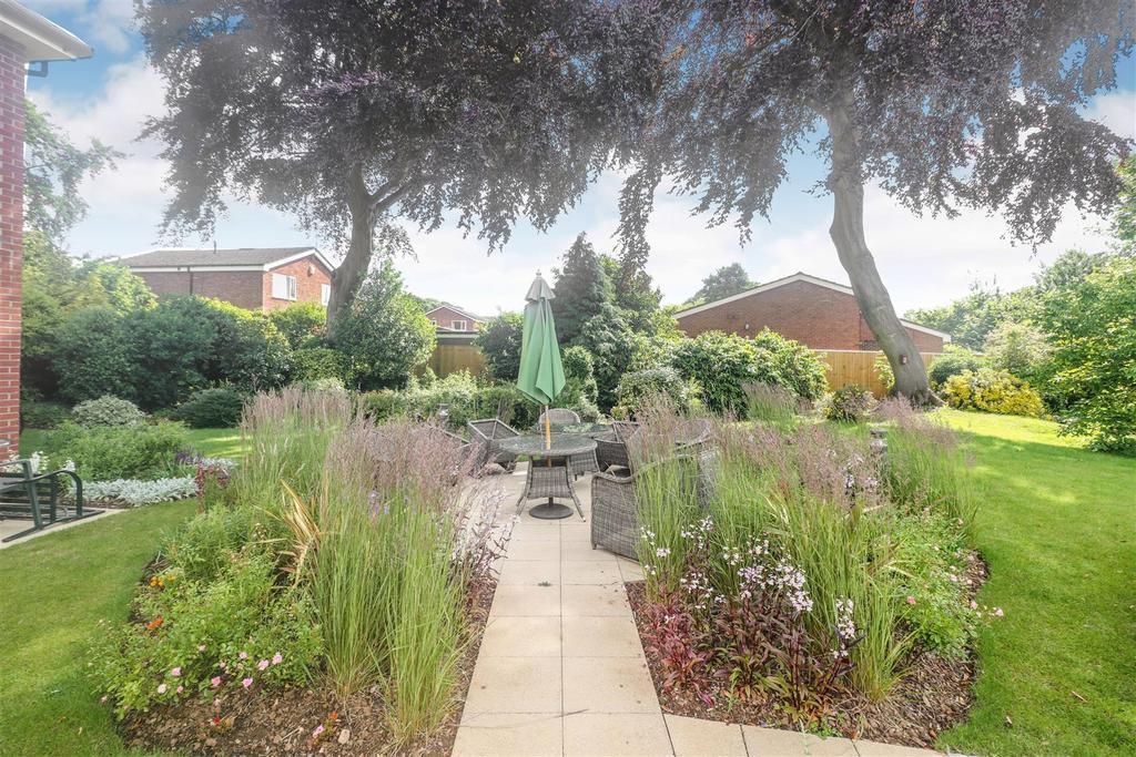 Communal garden.jpg