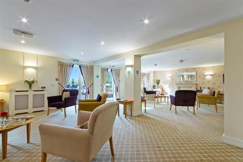1 bedroom apartment for sale - Corbett Court, The Brow, Burgess Hill, West Sussex, RH15 9DD