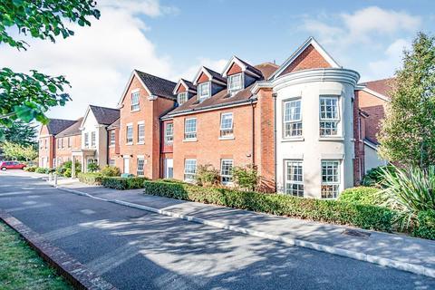 1 bedroom apartment for sale - Claridge House, Littlehampton, West Sussex, BN17 5FE