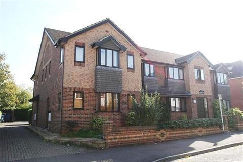 2 bedroom apartment to rent - St Johns Court, Fleet