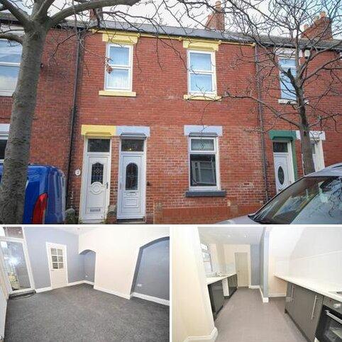 2 bedroom flat for sale - Brandling Street, Roker