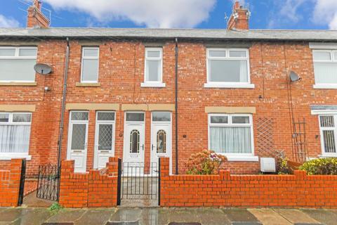 3 bedroom flat - Park View, Ashington, Northumberland, NE63 8HR