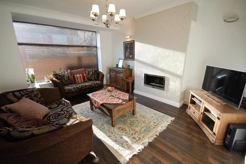 3 bedroom semi-detached house to rent - Burnieboozle Crescent, Aberdeen, AB15