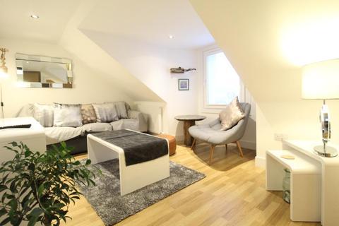 1 bedroom flat - Dee Street, Top Floor, AB11