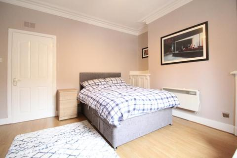 1 bedroom flat - Urquhart Road, First Floor, AB24