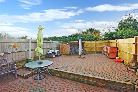 2 bedroom end of terrace house for sale - Farmers Close, Leeds, Maidstone, Kent