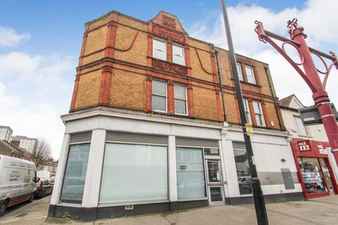 2 bedroom flat for sale - Hertford Road, Enfield, EN3