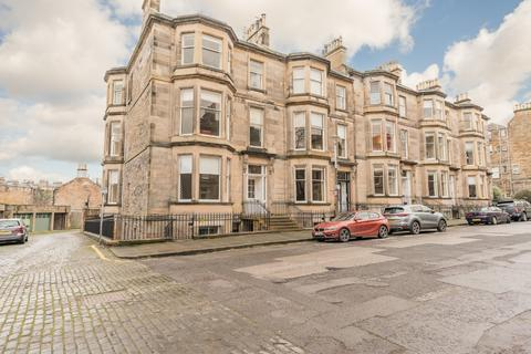 2 bedroom flat to rent - Belgrave Place, West End, Edinburgh, EH4 3AW
