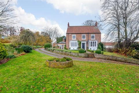 4 bedroom detached house for sale - Huggate Road, Warter, York, YO42