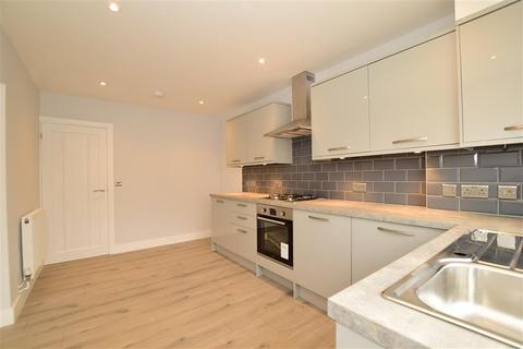 3 bedroom detached bungalow for sale - Kingsingfield Road, The View, West Kingsdown, Sevenoaks, Kent