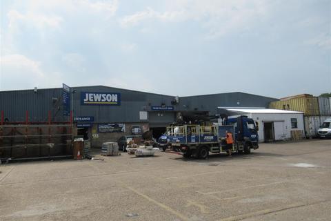 Industrial unit to rent - Endeavour Way, London