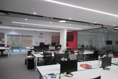 Office to rent - Hartfield Road, London