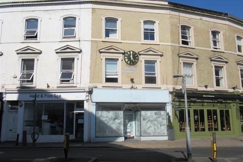 Retail property (high street) to rent - High Street, Wimbledon