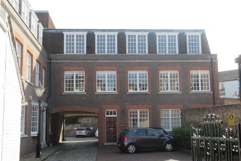 Office to rent - High Street, Wimbledon Village, London