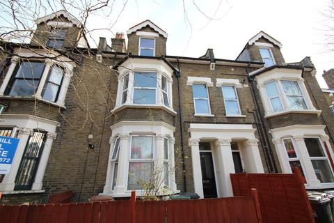 2 bedroom flat to rent - Church Hill, Walthamstow, E17