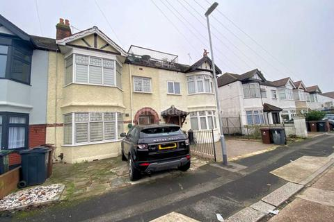 5 bedroom house for sale - Felhurst Crescent, Dagenham